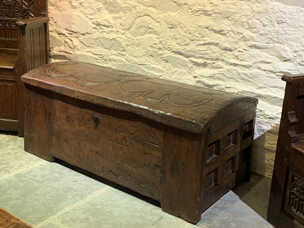 A MAGNIFICENT AND EXCEPTIONALLY RARE SAXON OAK CHEST. CIRCA 1350.
