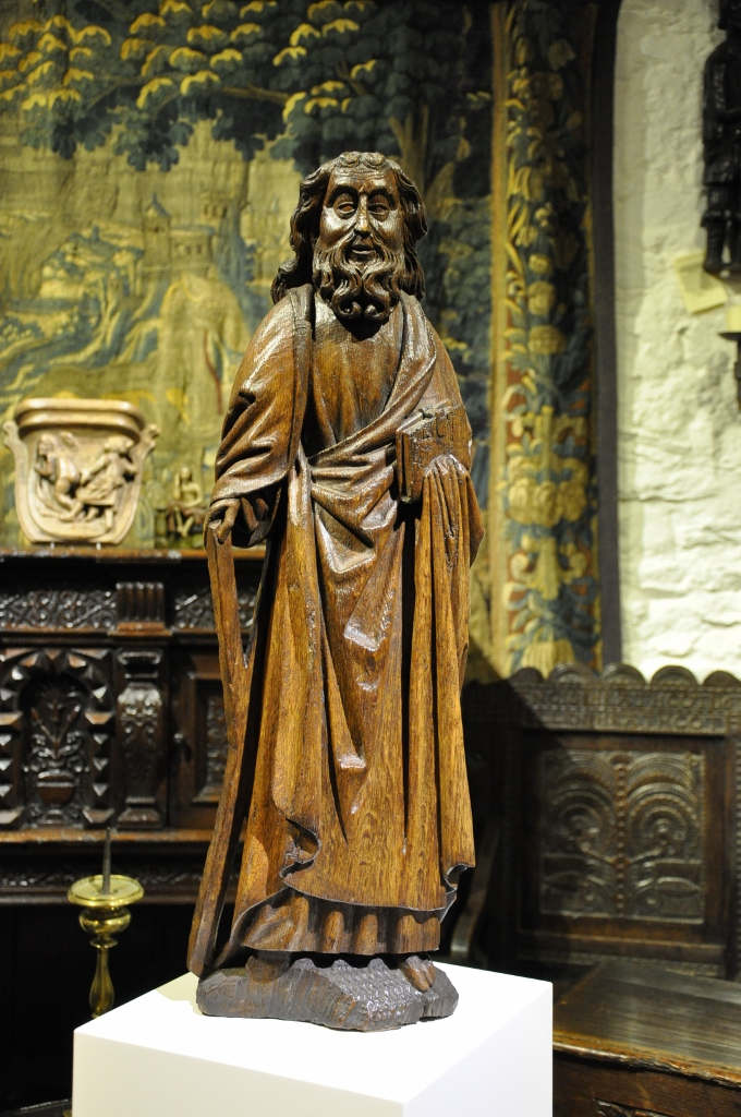 A WONDERFUL LATE 15TH CENTURY CARVED OAK SCULPTURE OF ST ANDREW. CIRCA 1480.