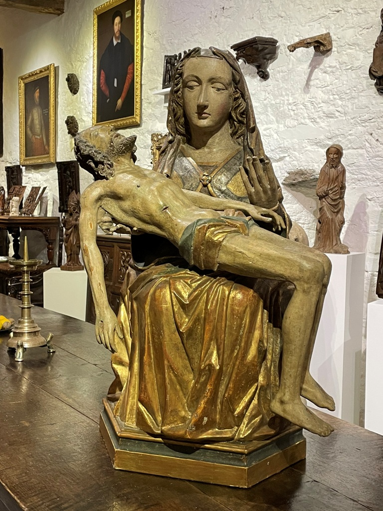 AN OUTSTANDING AND LARGE LATE 15TH CENTURY SOUTH GERMAN / NORTH ITALIAN SCULPTURE OF THE PIETA. CIRCA 1480.